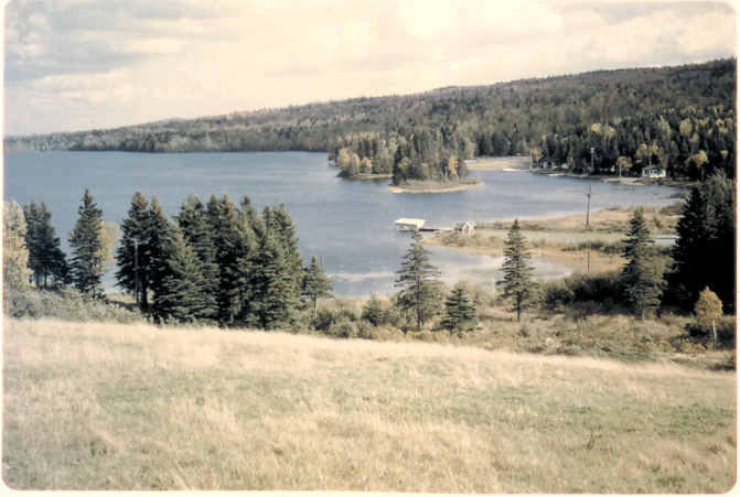 Lac Jally, du haut de la butte-1960